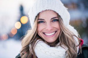 Get your bright smile back. Dr. Thomas G. Peters offers Zoom! Teeth Whitening In Farmington. It works wonders on brighten dull, yellowed smiles.