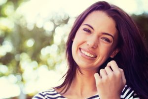 Learn more about the benefits of veneers in Farmington.